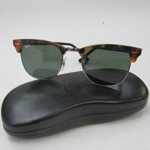 7c54660e9da Women s Ray Ban Sunglasses In Black